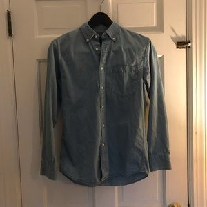 Light Blue Button Down Chambray Shirt from UNIQLO